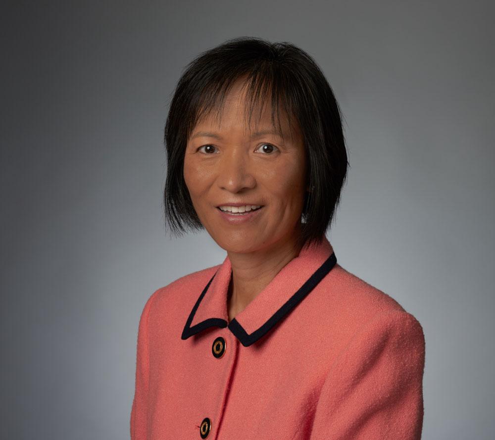 Dr. Liwen Tao, Endodontist in Clearwater, Florida